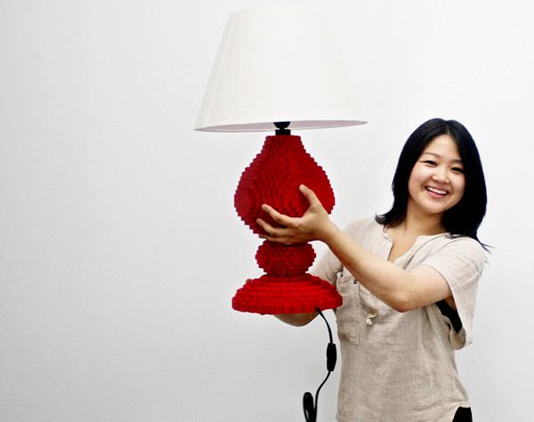Арт-светильник LEGO Table Lamp от Sean Kenney