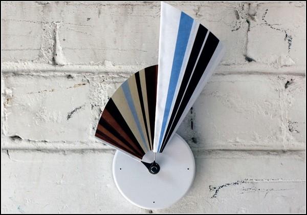 Часы-веер Manifold clock