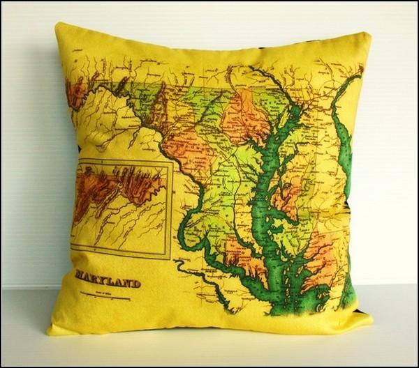 Географические подушки Map Cushions
