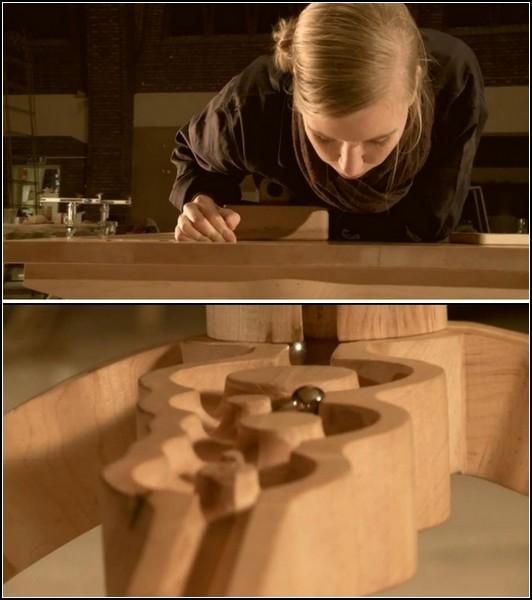 Marbelous Table. Креативный деревянный стол для валяния дурака