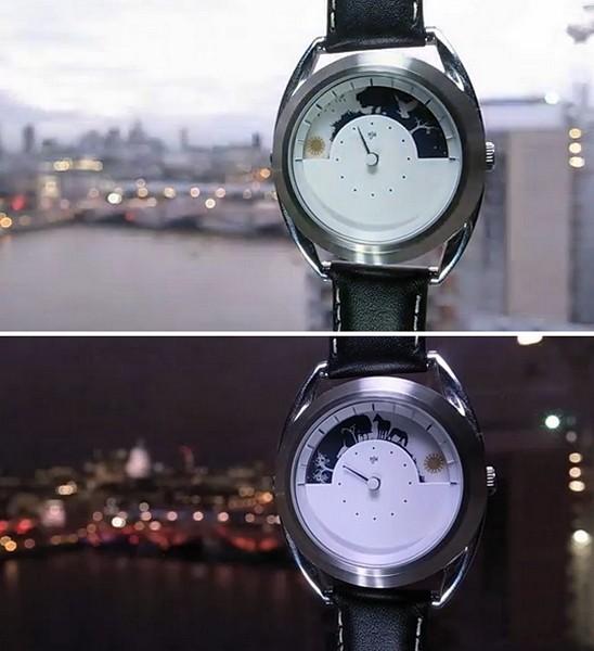 Часы Sun and Moon с циферблатом-картинками