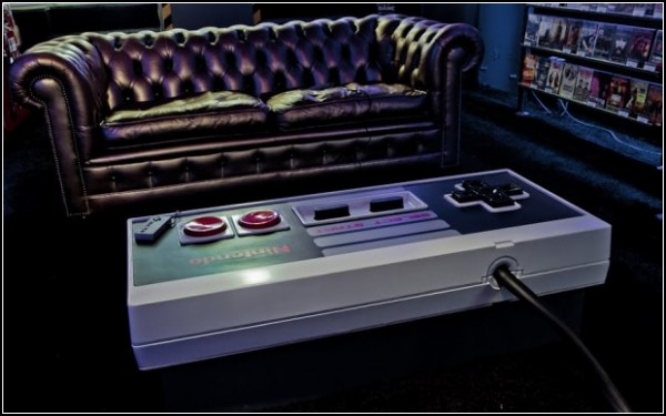 Стол-джойстик Nintendo Controller Coffee Table
