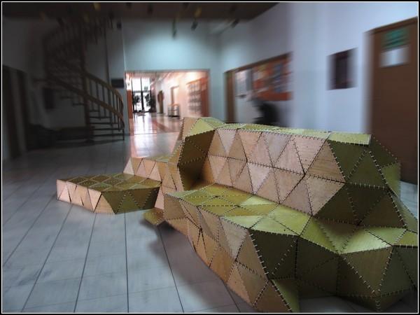 Деревянное оригами, скамейка Origami Forum