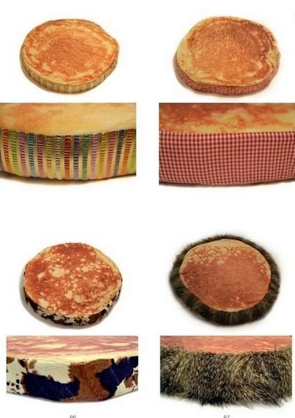 Аппетитно поджаристые подушки в виде оладушков. Комплект Pancake Floor Pillows