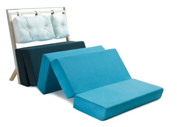 В сложенное виде - кресло, в разложенном - кровать. Проект Pause от Майке Лангера (Meike Langer)