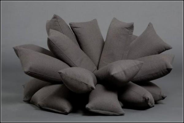 Брутально-минималистический диван Pillow Sofa