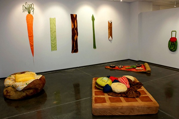 Аппетитная мебель от brookish7 в виде различной еды