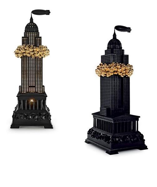 Бронзовый светильник с позолотой из коллекции мебели Robber Baron