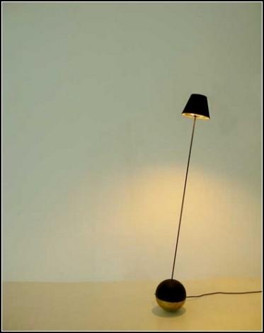 Торшер-неваляшка  Roly-Poly Light