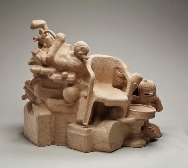 Дизайнерский стул Savage Chair из старого хлама и джутовой пряжи