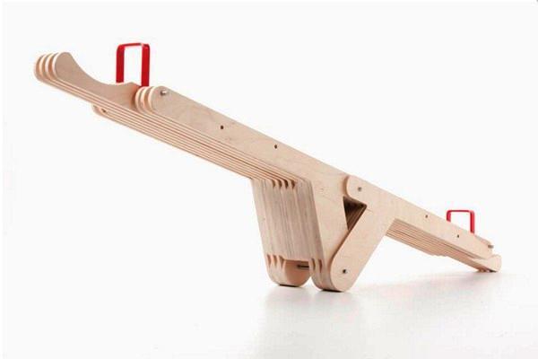 SeasawSeat, скамейка-трансформер от Dirk Ploos van Amstel