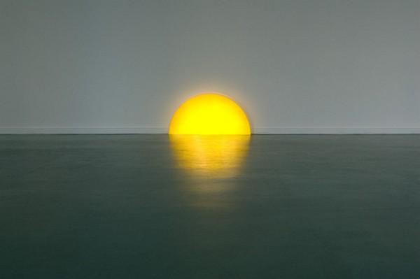 Домашний закат над плинтусом в виде необычного светильника Skirting Board Sunset