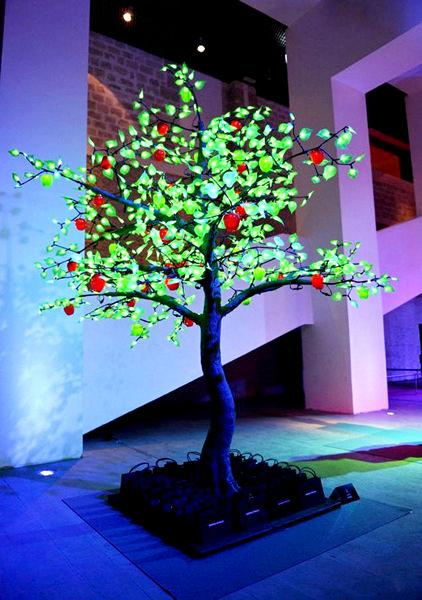 Новогоднее дерево от Sonia Rykiel
