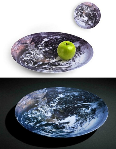 The Earth. Тарелка *Земля* из серии космической посуды Space Bowls
