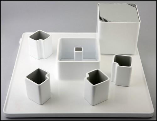 Квадратный кофейный набор от Коэна Рои (Cohen Roey)