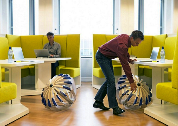 Tumble Weed: дизайнерский стул для поиска баланса