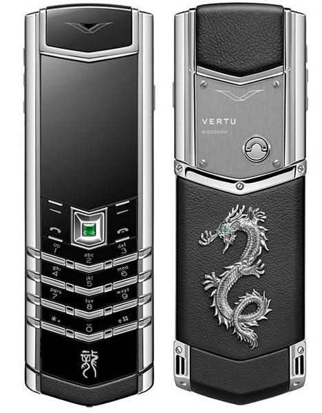 Серия Vertu Signature Dragon. Телефон из нержавеющей стали с серебряным покрытием