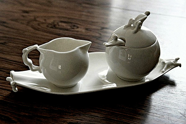 White People Coffee and Tea Set, чайный сервиз с белыми человечками