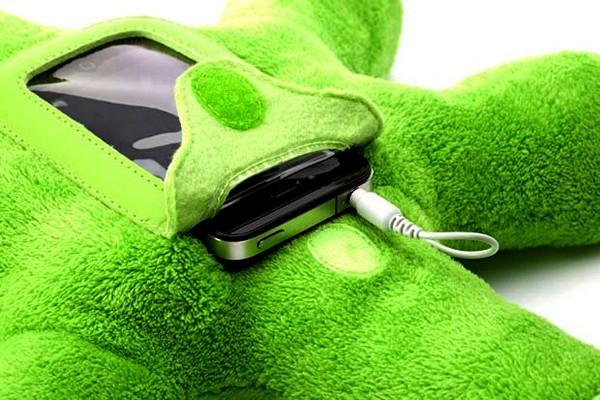 Griffin Woogie: дружественный к детям чехол-игрушка для iPhone и iPod