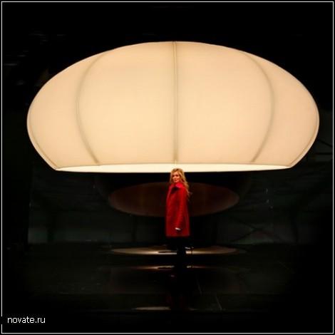 XXXLamp. Лампа-чемпион, диаметром в 4 метра