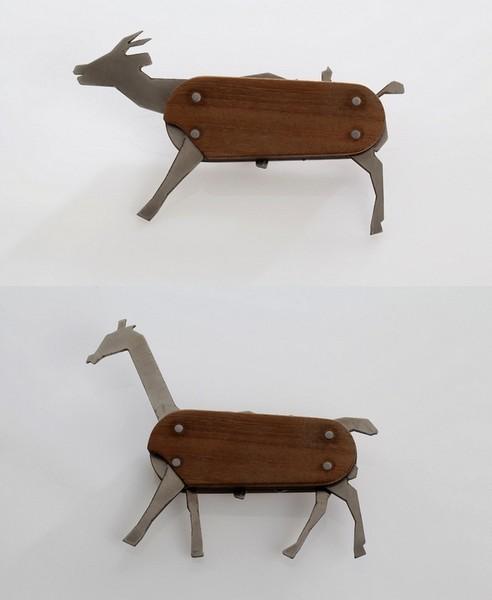Нож-сафари Animal pocket knife с выдвижными лезвиями-животными