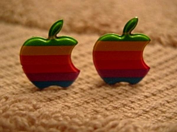 Серьги в виде старого радужного Apple logo
