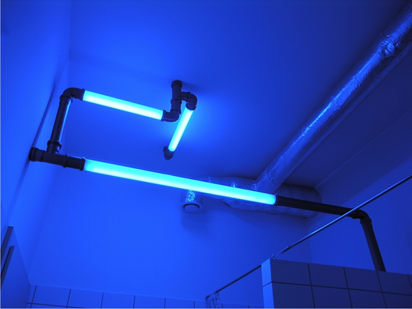 Atomic lighting tubes: трубы, которые светятся