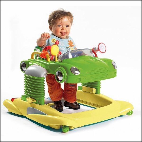 Первый автомобиль, или коляска-ходунок