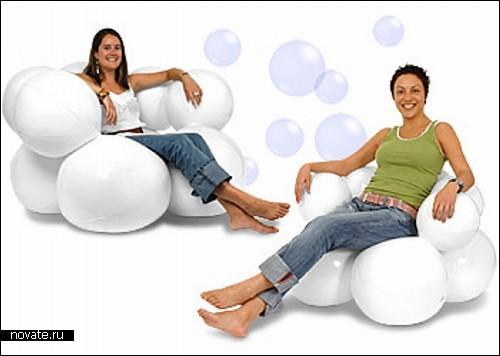 Надувное кресло из пузырьков