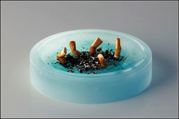 Vizio, свечка-пепельница для романтичных курильщиков
