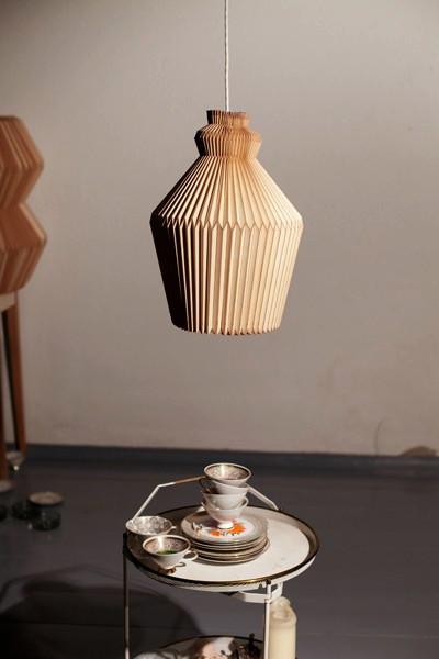 Accordion Lamp, дизайнерская люстра с абажуром из *деревянного текстиля*