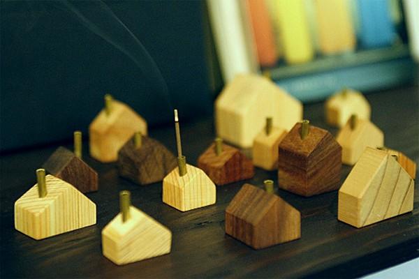 Chimney House,  деревянный домик для сжигания благовоний от design office A4