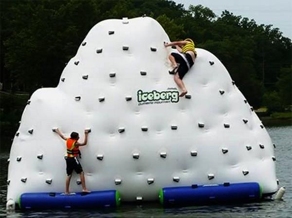 Надувной скалодром Iceberg Floating Water Slide