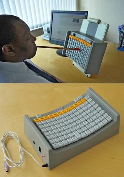 Необычная клавиатура Mouth Head Stick Keyboard от компании Maltron