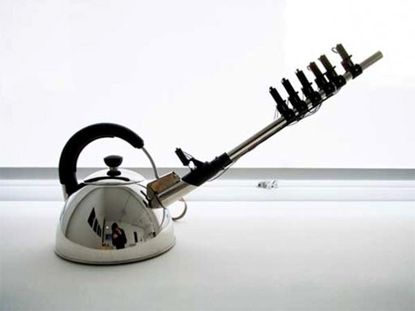 Музыкальный дизайнерский чайник