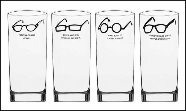 Как идентифицировать человека по форме очков. Пособие на стаканах