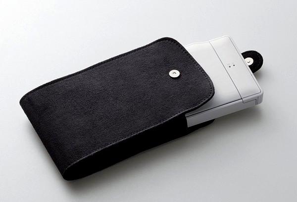 Миниатюрная складная bluetooth-клавиатура  для сматртфонов от Elecom