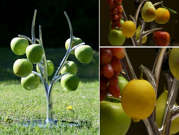 Фрукты на вешалке. Eva fruit hanger от Simon Colabufalo