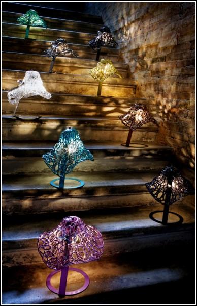 Светильники Feminine Table Lamps в шляпках и неглиже