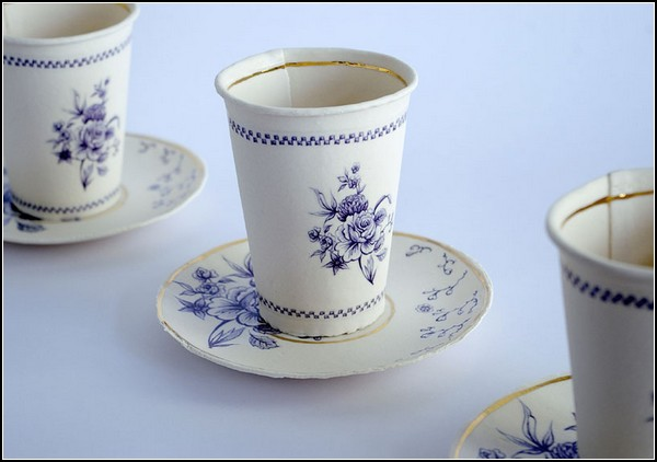Finest paperware, вылитая керамическая, но все же бумажная посуда