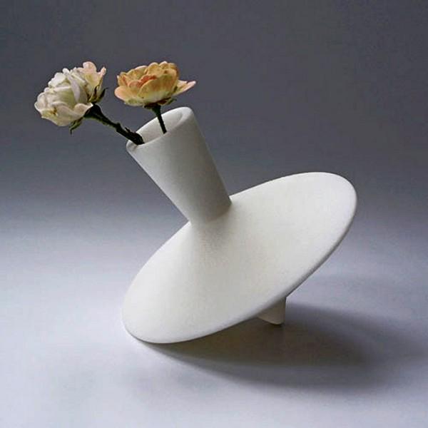 Керамическая ваза-*волчок*, детская дизайнерская фантазия