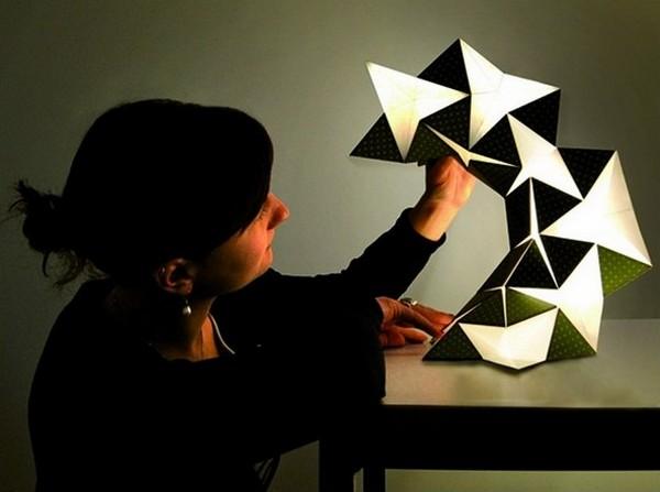 Лампа-оригами Miyo Lamp из светодиодной бумаги