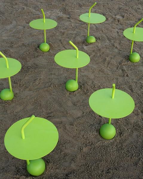 Peanut. Дизайнерский столик для коктейлей от Miki Astori