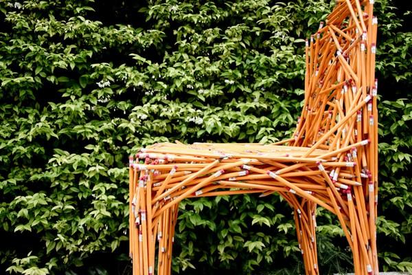Dinsor pencil chair, карандаши, превратившиеся в мебель
