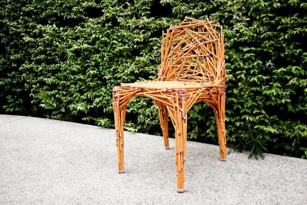 Дизайнерский офисный стул из карандашей Dinsor pencil chair