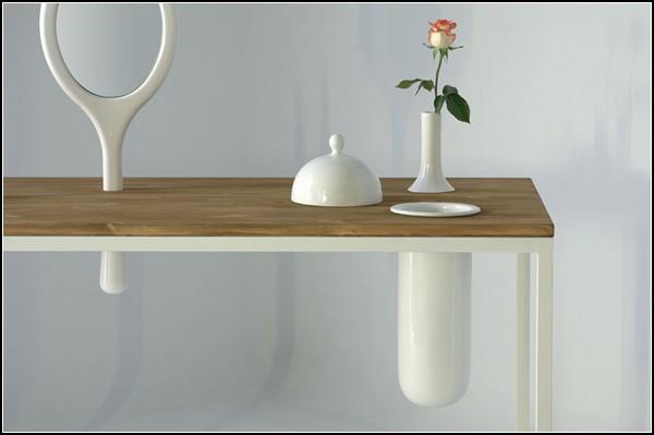 Стол Plug-In с предустановленными предметами быта