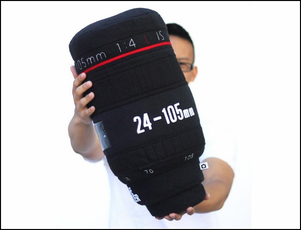 Lens Pillows, мягкие объективы для украшения дивана