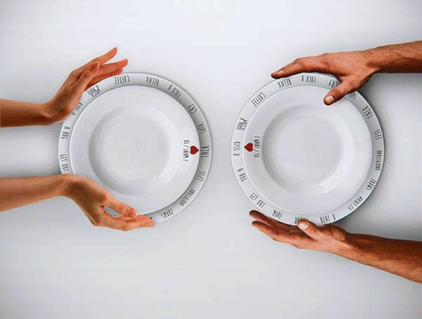 Purpose Plates от Andrea Rekalidis. Тарелки для общительных, но стеснительных людей