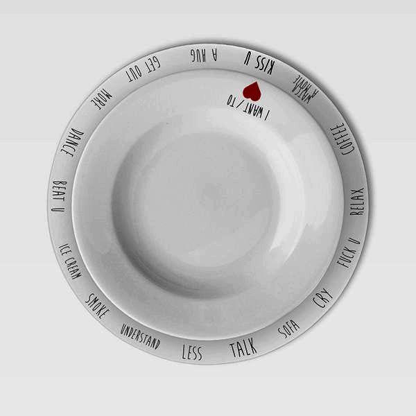 Фото с тарелками перевернутыми ответ