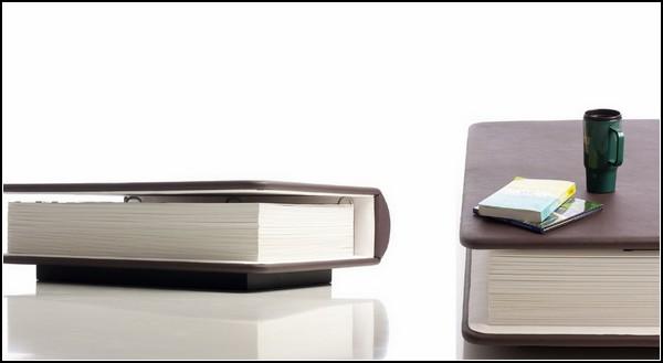 Remembrance: и стол, и фотоальбом, и  тумбочка